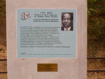 Monumento a Leopold Sedar Senghor, primeiro presidente do Senegal
