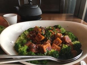 Auch kulinarisch begab ich mich auf Entdeckungsreise. Hier mein neues Leibgericht: Mapo-Tofu...