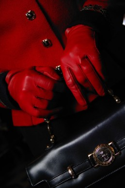 gloves in red
