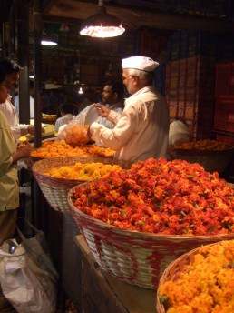 Dadar flower market, Mumbai