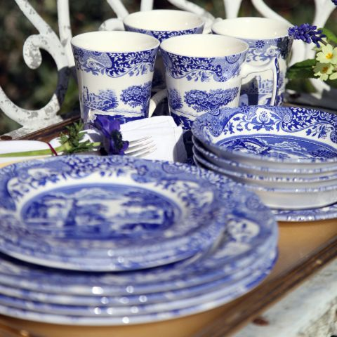 Spode_Blue_Italian_16_Piece_Dinner_Set_1