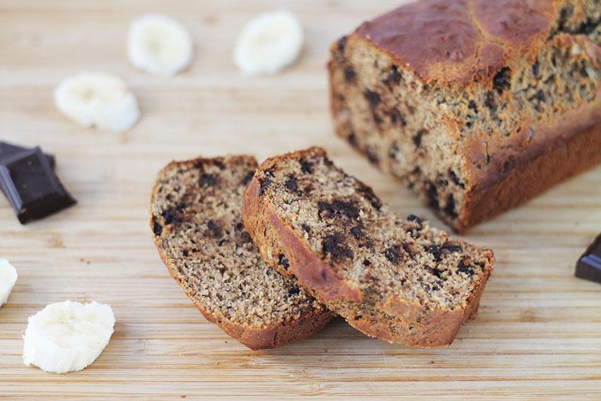 Cake banane et pépites de chocolat - sans gluten et lactose free - Cuisine saine - Miss Blemish
