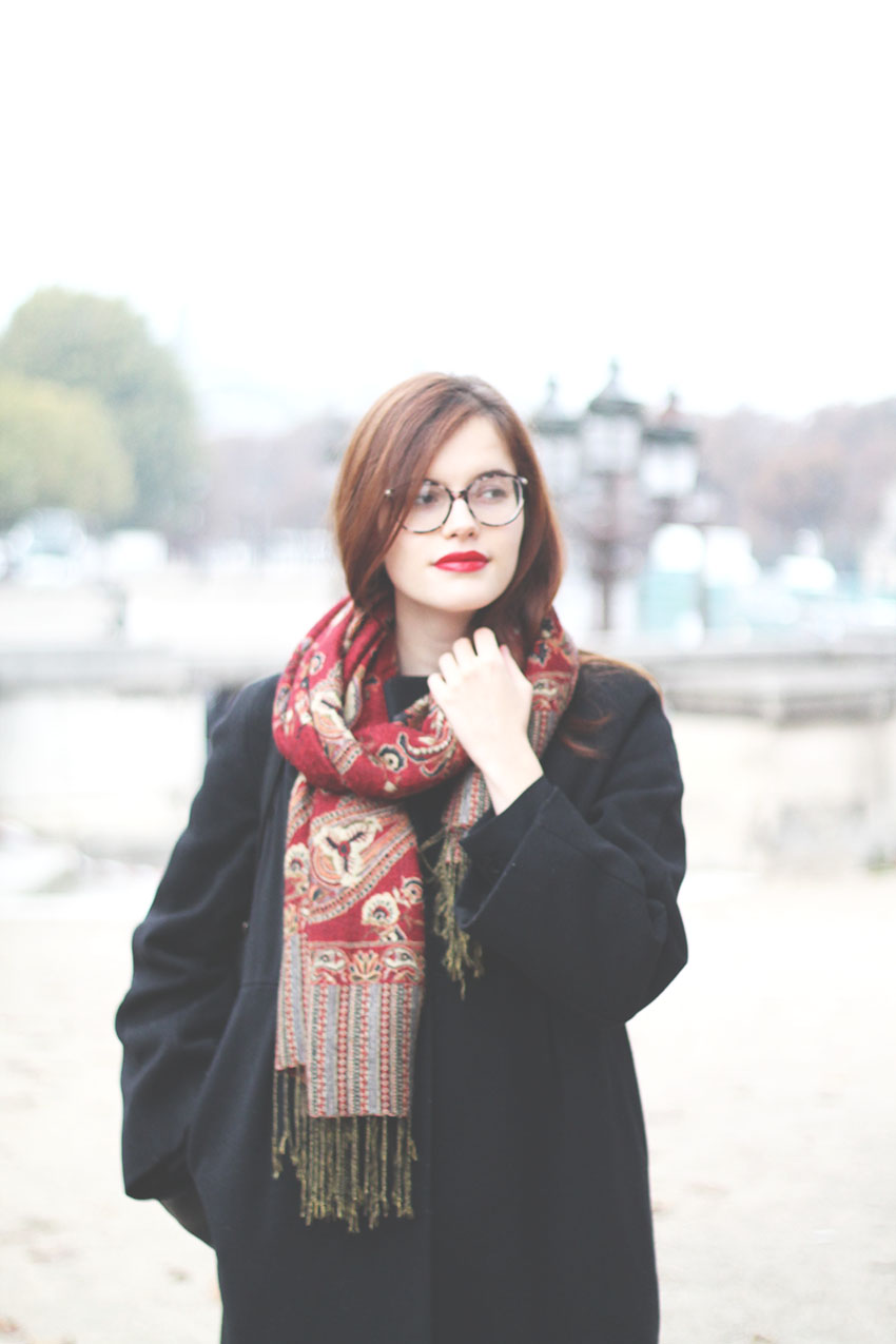 Oh Paris rouge, l'amour aux Tuileries - Mode - Miss Blemish