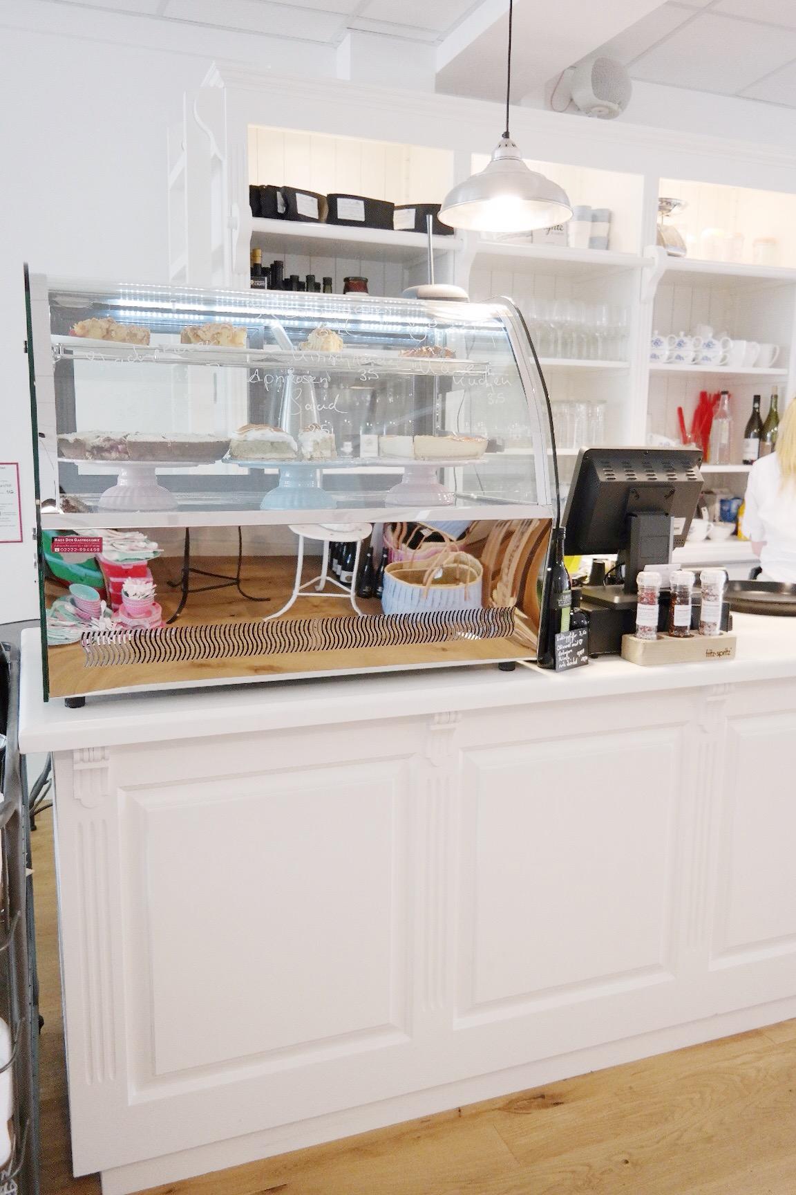 Karlottas Bad honnef lieblingskram cafe kuchenessen bonn missbonnebonne (1)