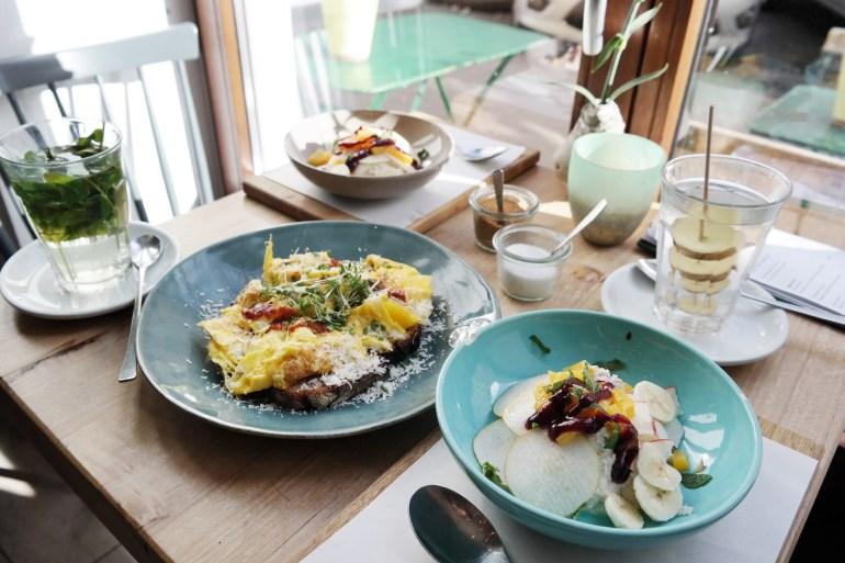 missbonnebonne südstadt köln geschnitten brot frühstück kaffee kuchen vegan (2)