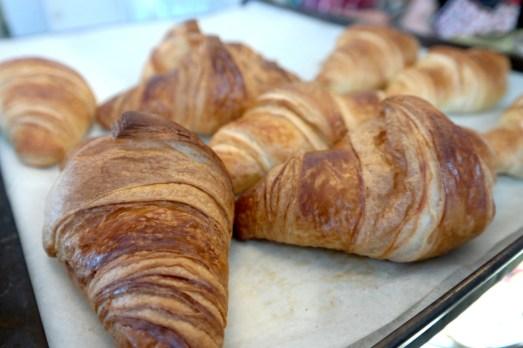 Cafe Sahneweiß Bonn Kaiserstraße City Kaffeetrinken Frühstück neues Café Kaiserstraße vegan Kuchen