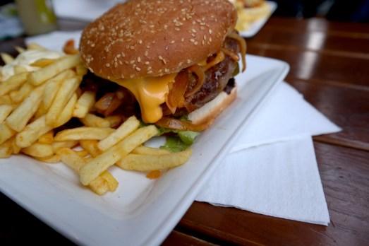 Frittebud Bonn Stadthaus Burger Pommes Tipp Gastrotipp Restaurant Essengehen
