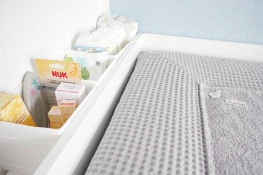 Ikea Hemnes wickelauflage erstaustattung Babyzimemmer kinderzimmer shoppingliste einkaufsliste Liste wickeltisch Wickeltasche