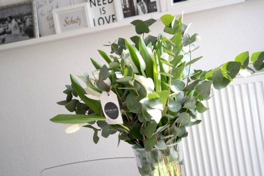 bloomy days valentinstag blumenstrauß blog