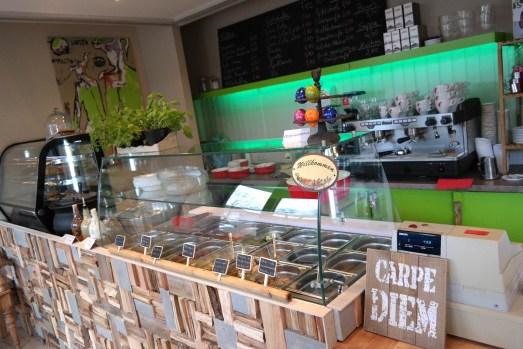 Pura vida bistro mittagessen bad godesberg wurzer straße kuchen kaffee salat