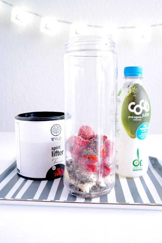 superfoods chiasamen chia chiapudding kokosmilch rezeptidee blog wyld