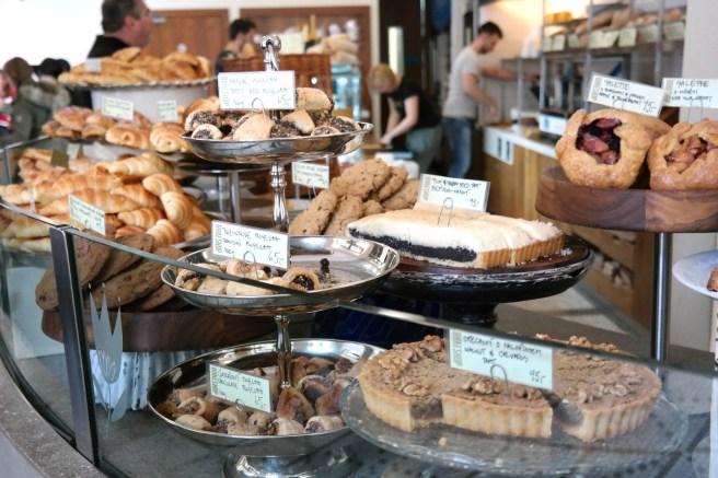 Prag Reiseblog Lifestyleblog Fashion Wochenende Ideen Tipps Empfehlungen Reisebericht Missbonnebonne Frühstücken gehen Kuchenessen Bakeshop