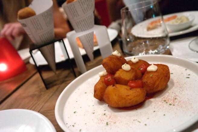 Prag Reiseblog Lifestyleblog Reisebericht Essengehen Geheimtipps Mädels wohin gehen Abendessen Lifestyleblog Spanier Monarch Tapas