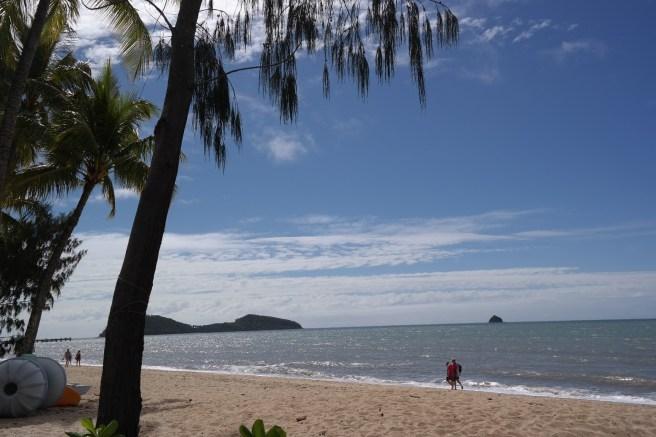 #missbbdownunder reisen mit kind kleinkind baby australien roadtrip ostküste tipps erfahrungsbericht empfehlung Palm cove Strand
