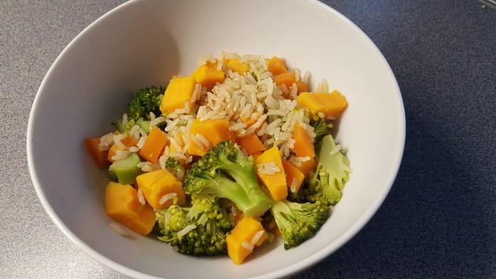 Vollkornreis, Süsskartoffeln und Broccoli für Mama