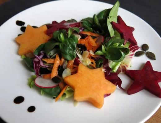 Weihnachts-Sterne-Salat