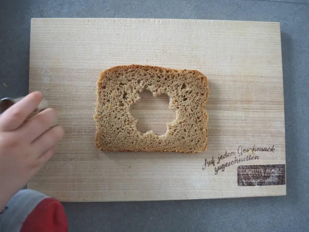 Brot ausstechen kind küche