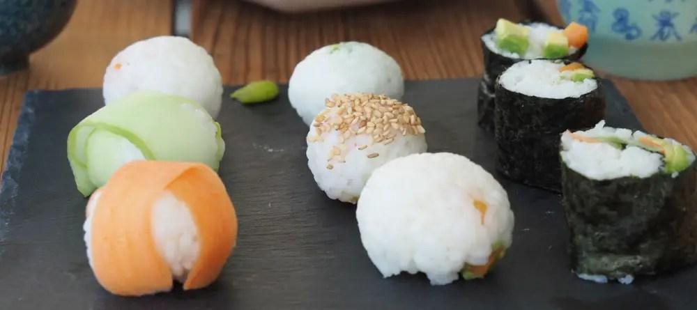 Sushi vegan schwanger rezept mama kinder familie vegetarisch avocado kugel nigiri maki