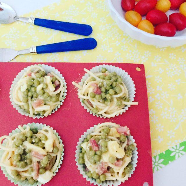 Frittatine di pasta al forno in stampo muffin
