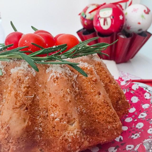 Bundt cake salato napoletano e palle di Natale