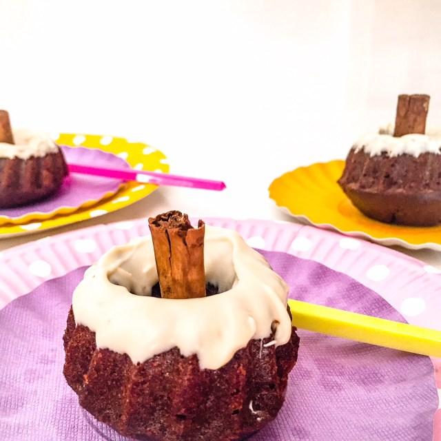 MINI BUNDT CAKE ZUCCA, CACAO E CANNELLA