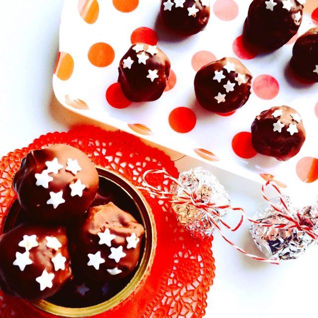 Tartufi di cioccolato con pandoro avanzato