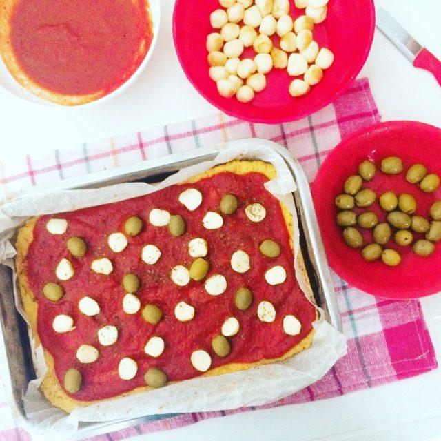 Pizza di cavolfiore con farina di ceci_da cuocere
