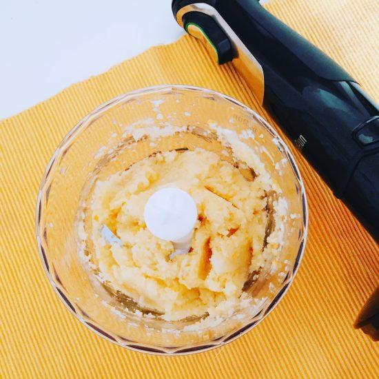 Torta pan di limone con semi di papavero_polpa di limoni frullata