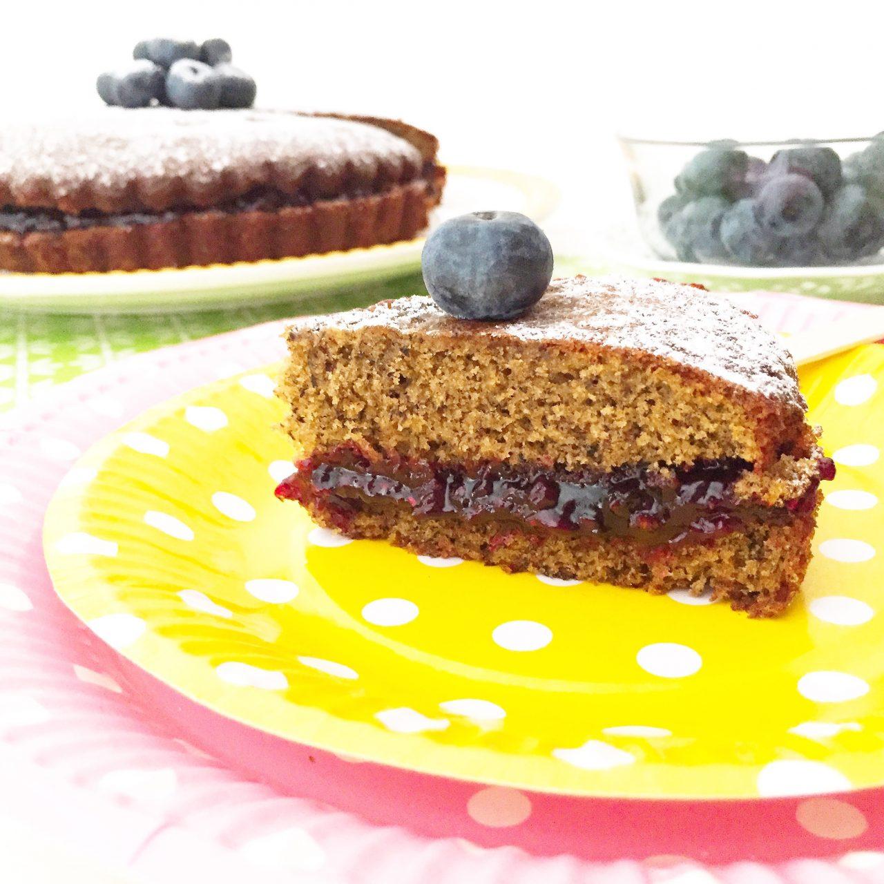 Torta morbida al grano saraceno con frutti di bosco_fetta