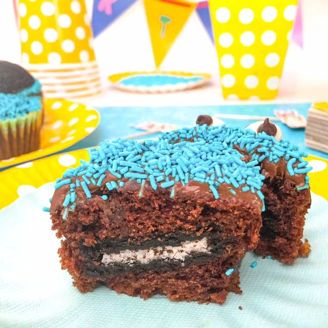 Cookie Monster Cupcakes_interno Oreo