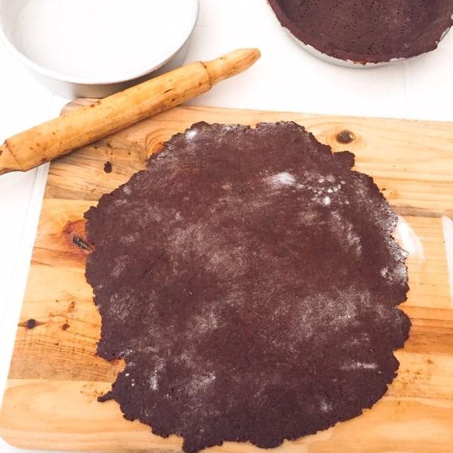 Pastiera al cioccolato impasto steso