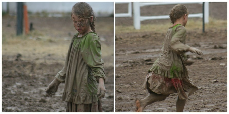 Kids in Mud3