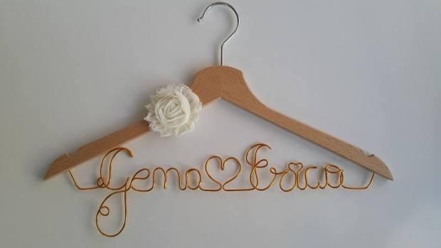 Perchas personalizadas Missestratagemas que viva la novia (6)