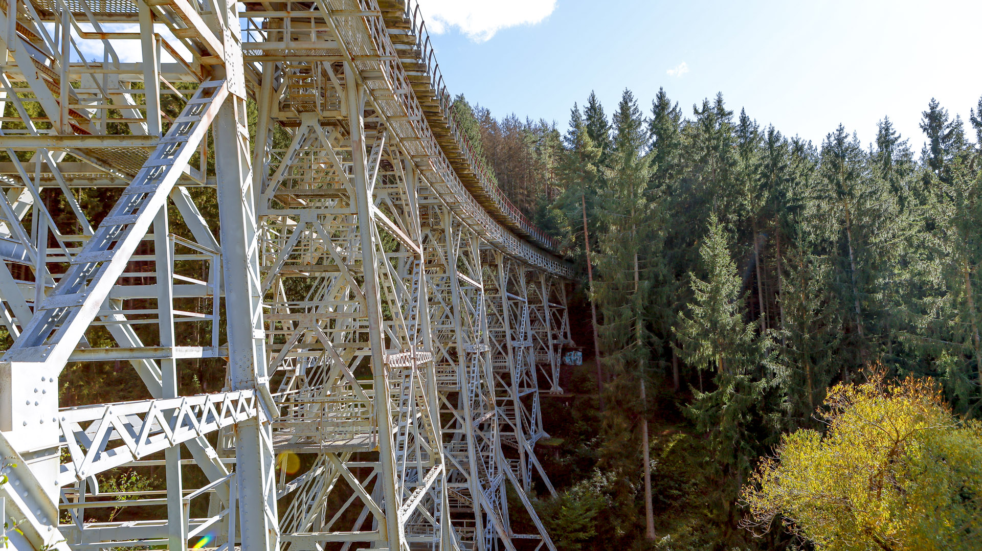 Eisenbahn Gleisanlage Ziemestalbrücke in Thüringen