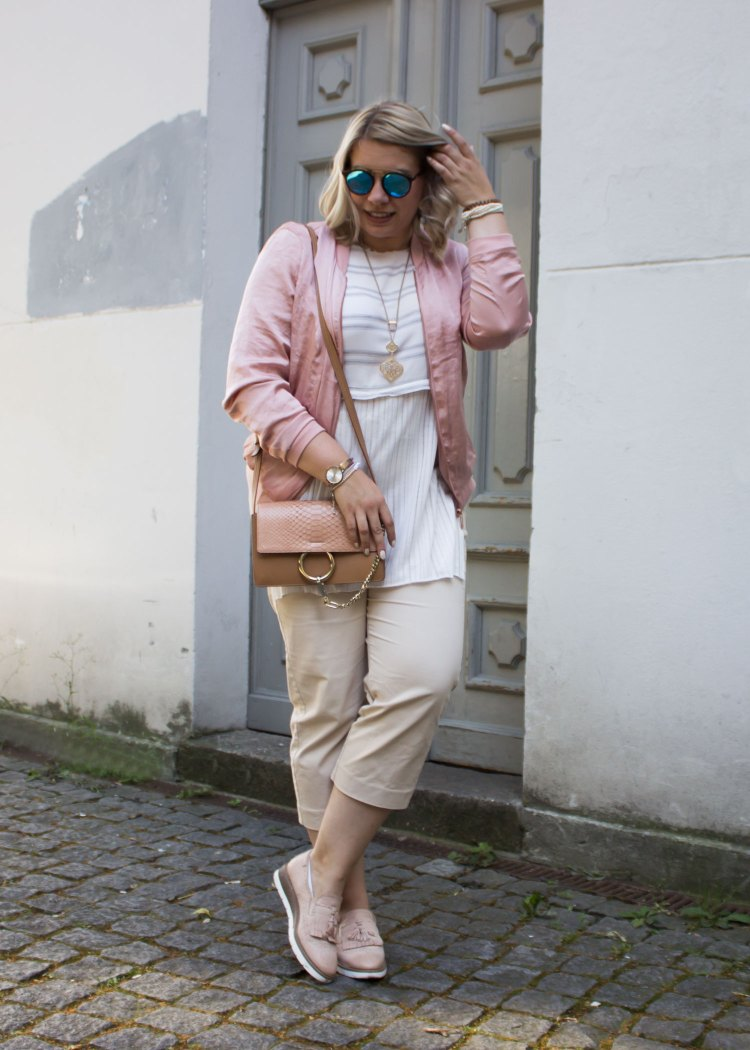 missesviolet-fashion-outfit-fashionweek-berline-nude-pink-bomberjacket-and-chloe-bag-2