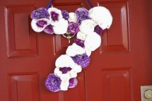 Purple Polka Dot Carnival Birthday Party Decor | DIY Cupcake Wrapper Wreath| missfrugalfancypants.com