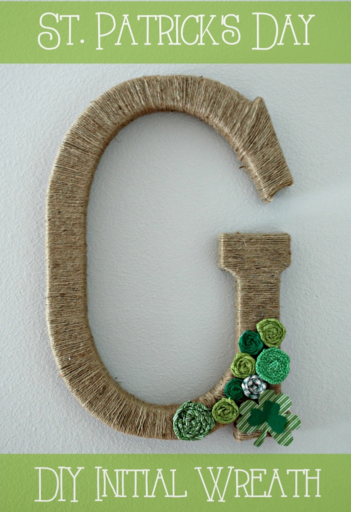 St. Patricks Day Initial Wreath | missfrugalfancypants.com