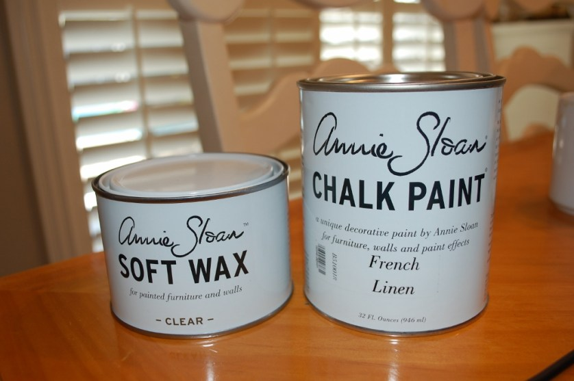 Chalk Paint Entertainment Center Makeover | missfrugalfancypants.com