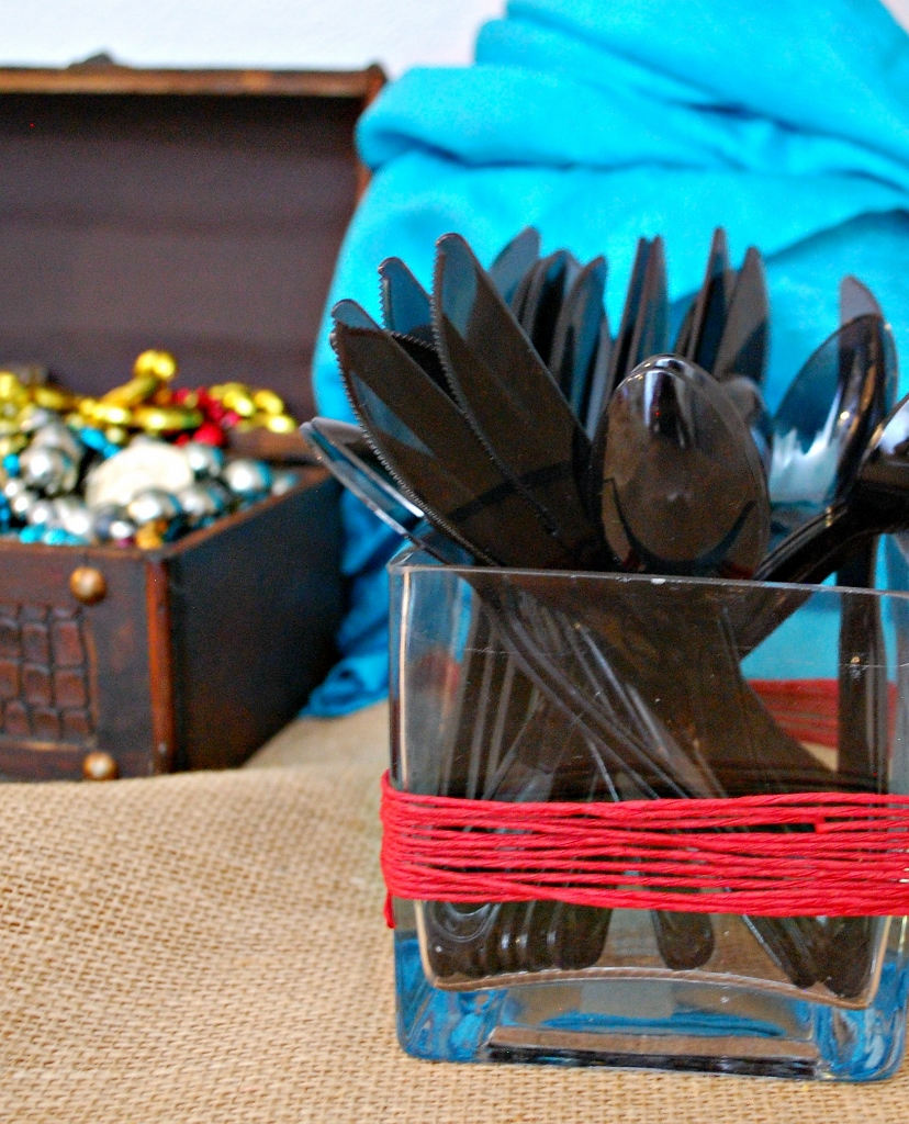 Pirate Party Decor | missfrugalfancypants.com