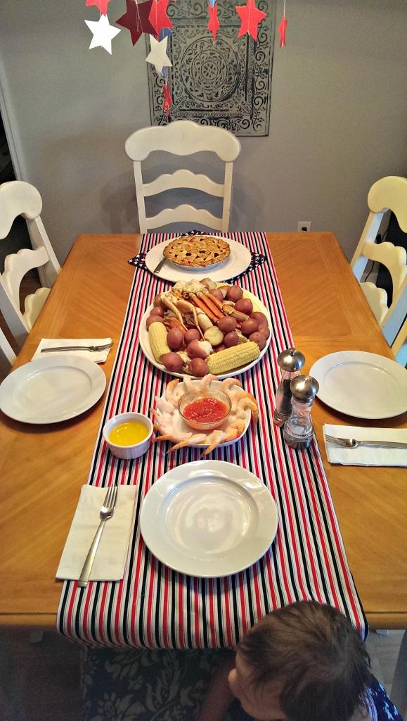 4th of July Crab Boil | missfrugalfancypants.com