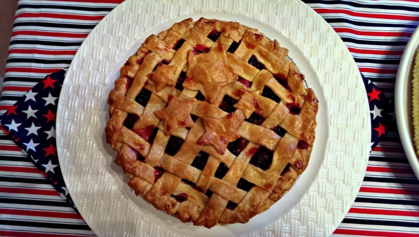 4th of July Cherry Pie | missfrugalfancypants.com