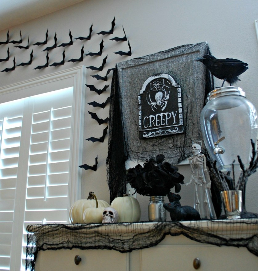Creepy & Elegant Black & Silver Halloween Decor with Dollar Store Finds | missfrugalfancypants.com
