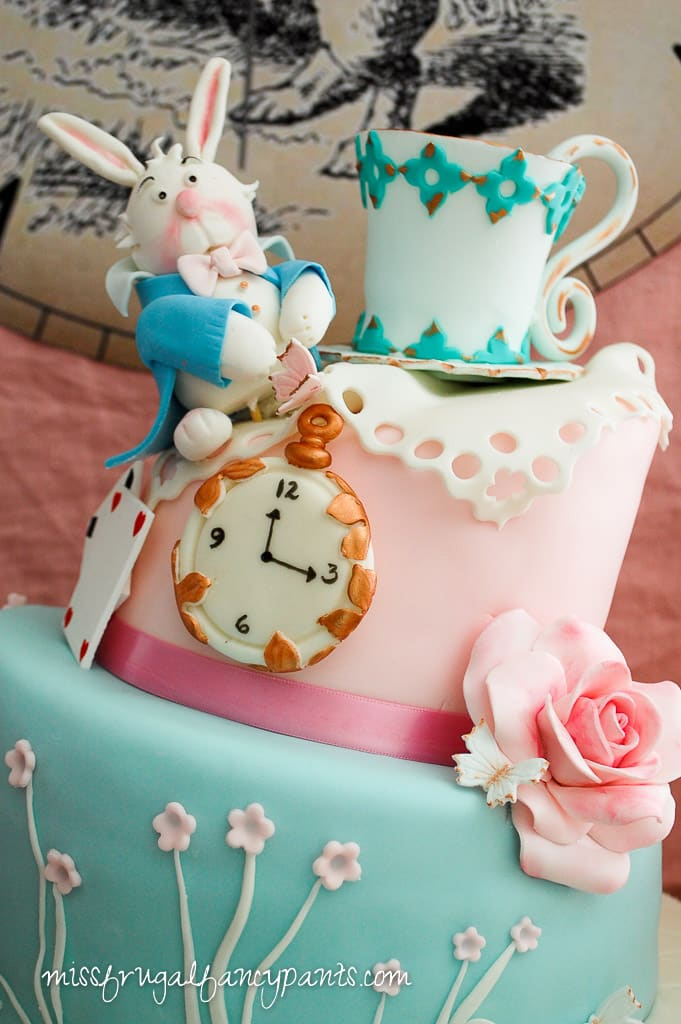 Vintage Shabby Chic Mad Hatter Tea Party Cake | missfrugalfancypants.com