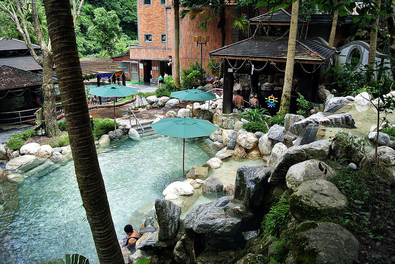新竹尖石美食 天然谷溫泉 原始原湯 泰雅族原鄉原味 東南亞最頂級完善的溫泉聖地 山產野菜 SPA 湯屋 溫泉泡湯