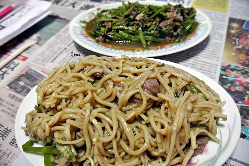 捷運圓山站美食   大龍街 田 沙茶羊肉 大龍夜市必吃 從小吃到大的推薦好滋味