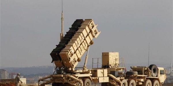 Houthi Missiles Target Najran, Jizan