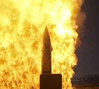 US Navy Test Fires SM-2 Missile From Restarted Production Line