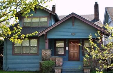 Дом в стиле Craftsman Bungalow. Источник https://www.flickr.com/photos/daily-bungalow