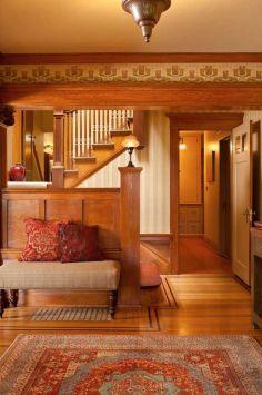 Интерьер дома в стиле Craftsman. Построен в Портленде в 1909 году. Источник oldhouseonline.com