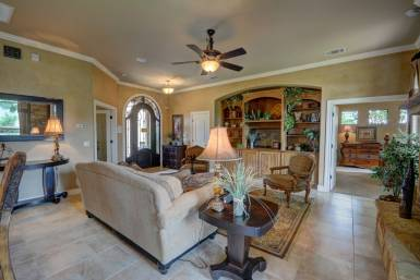 texas-style-living-room
